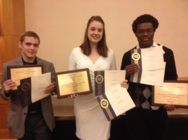 Sophomore Matthew VanTryon, senior Mallory Duncan and junior Julian Wyllie